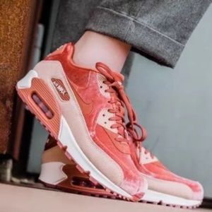 Nike Air Max Thea LX Special Edition